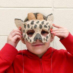 Taller de Plástica: Máscaras de yeso